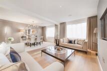 2 bedroom Flat to rent in Lancaster Terrace...