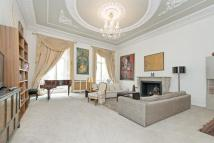 Maisonette in Westbourne Terrace...
