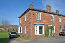 semi detached property in Vineries, Boroughbridge