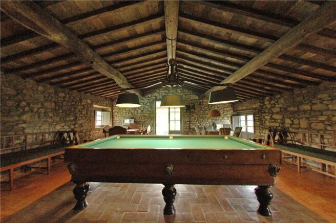 Billiards In Chianti