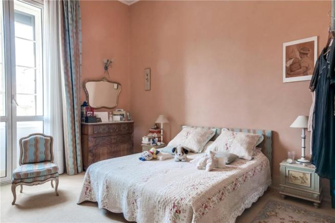 Avignon Apartment