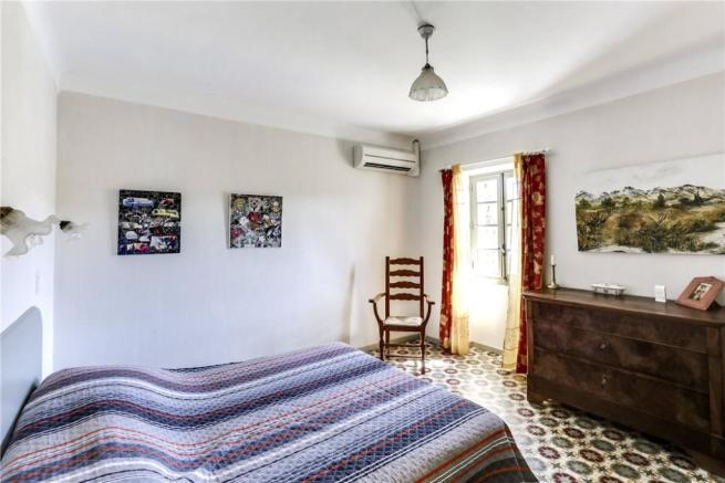 St Remy Mas For Sale