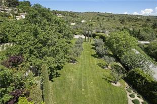 Gordes House Sale