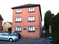 Flat to rent in Bromham Road, Bedford...