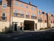 Apartment to rent in Parklands Court...