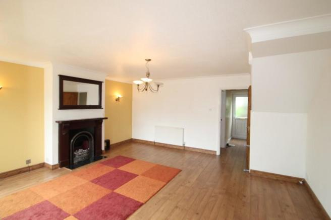 3 Bedroom Terraced House To Rent In Home Park Road Saltash PL12