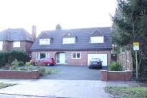 Detached home in Hintlesham Avenue...