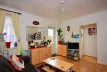 1 bedroom Ground Flat for sale in Grenfell Road, Mitcham...