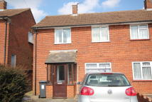 3 bed semi detached property to rent in Wife Of Bath Hill...