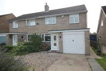 3 bed semi detached property to rent in BROCKENHURST CLOSE...