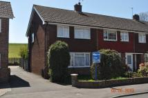 3 bed semi detached property to rent in Laburnum Grove, Langley