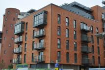 Flat to rent in Railway Terrace, Slough