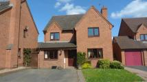 Detached property in Grove Meadow...