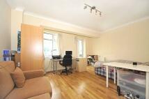 Studio apartment to rent in Euston Road, London...