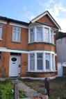 **AMAZING VALUE** Goodmayes Lane House Share
