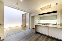 5 bedroom new house for sale in Queen's Gate Mews...