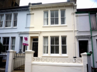 WHIPPINGHAM ROAD Terraced house to rent