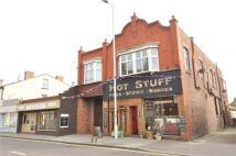 2 bed Flat in Market Street, Hoylake...