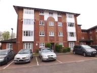 Flat in BEECHWOOD GROVE, ACTON...