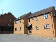 1 bedroom Flat to rent in Vine Court, High Street...