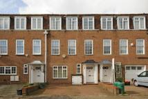 4 bed Terraced house in The Marlowes...