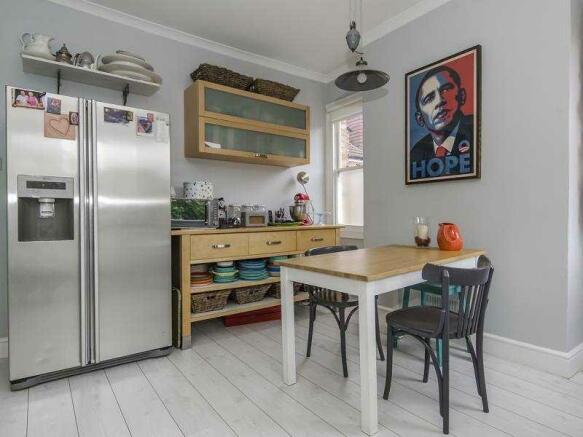 Kitchen Diner 4