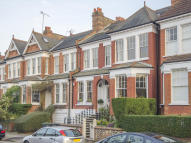 5 bed Terraced house for sale in Woodland Gardens, London...