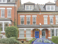 2 bed Flat for sale in Hillfield Avenue, London...