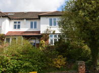 5 bed semi detached house in Lansdowne Road, London...