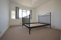 2 bedroom Flat in Alexandra Park Road...