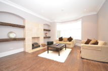 4 bedroom Terraced house in Rookfield Avenue, London...