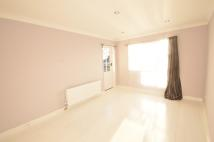 1 bed Maisonette to rent in Warltersville Road...