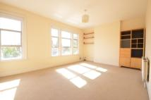 Flat to rent in Elvendon Road, London...