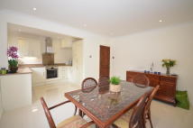 4 bedroom semi detached property to rent in The Chine, London, N10