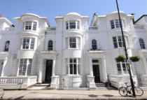 Flat to rent in Gloucester Terrace, W2