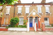 2 bedroom home in Kilravock Street, W10