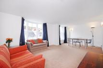 Flat in Gloucester Terrace, W2