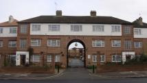 2 bedroom Apartment in Lady Margaret Road...