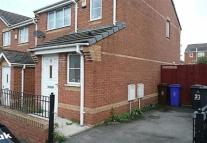 3 bedroom house in Foxham Drive, Manchester...