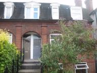 Apartment to rent in Southcroft Road, Tooting