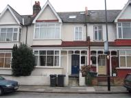 Apartment to rent in Valley Road, Streatham...