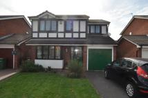 4 bed Detached property in Kingfisher Grove...