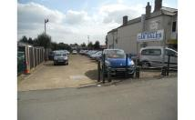 Commercial Property to rent in Wragby Road, Lincoln