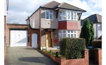 Detached home in Park Side, London
