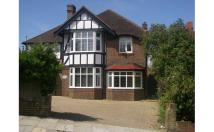 4 bed semi detached home in Woodland Drive, Hove