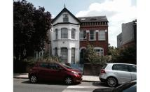 Flat in Mount Nod Road, London