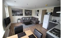 Flat to rent in Bell Street, London