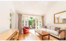 1 bedroom Bungalow in Birchlands Avenue, London