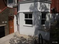 Flat to rent in Thurlow Park Road, London