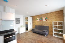 new Studio apartment in Green Lanes, London, N8